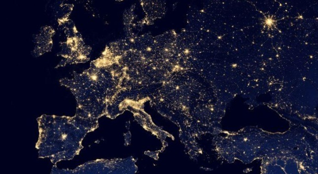 Google-Maps-Gets-NASA-s-Spectacular-Black-Marble-Photos-of-the-Earth-at-Night