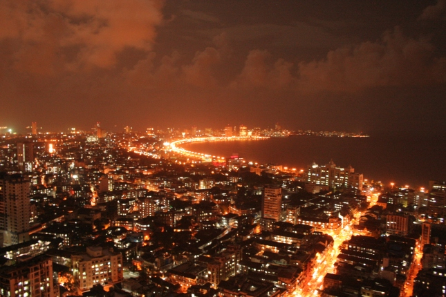 Mumbai Bombay night lights Queens Necklace HD wide wikimedia