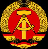 escudo RDA comunista